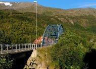 Stahlbrücke über dem Reisaelva bei Sørkjosen