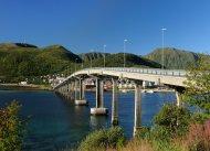 Böröy Brücke über den Sortlandsund nach Stokmarknes