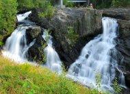 Wasserfall Baggfossen am Leirfjord